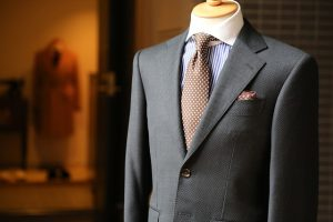 Garnitur męski kwintesencją klasy oraz elegancji